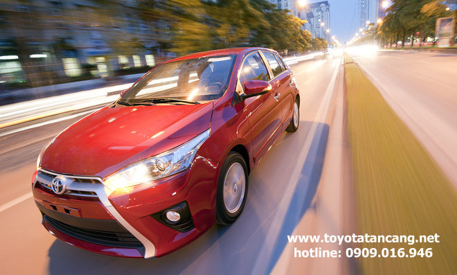 """toyota yaris 2015 toyota tan cang 13 -  - Giá xe Toyota Yaris 2015 nhập khẩu - """"Quả bom tấn"""" của dòng Hatchback"""