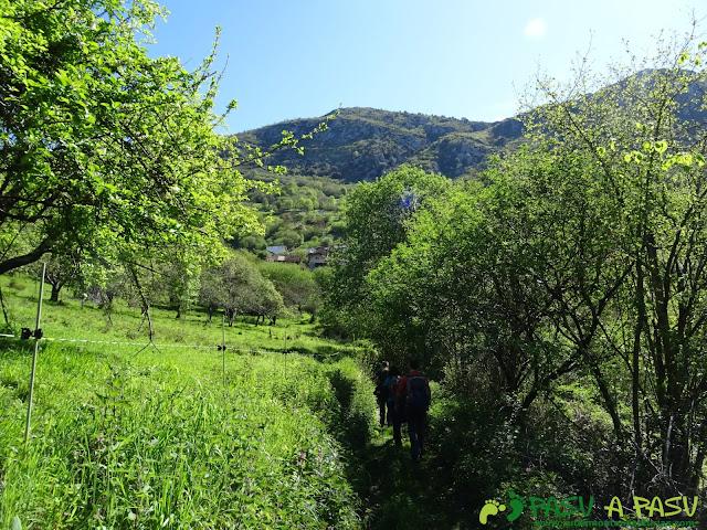 Llegando a Serandi desde Buyera