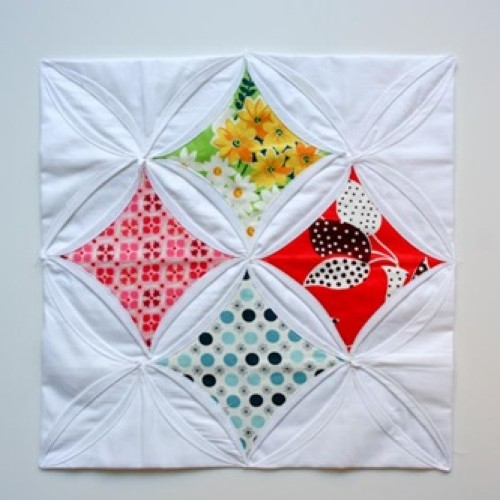 Cathedral Window Block - Free Pattern