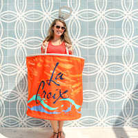 http://www.akailochiclife.com/2016/09/diy-it-la-croix-costume-for-halloween.html