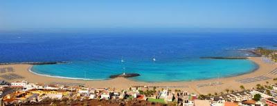 El cuerpo sin vida de una mujer en aguas de Las Vistas, Tenerife