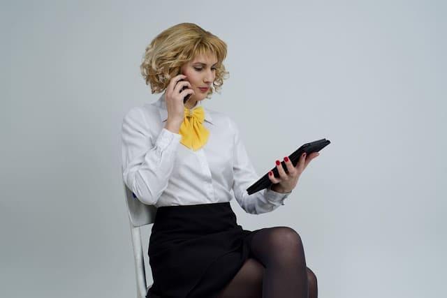 Foto de mulher trabalhando
