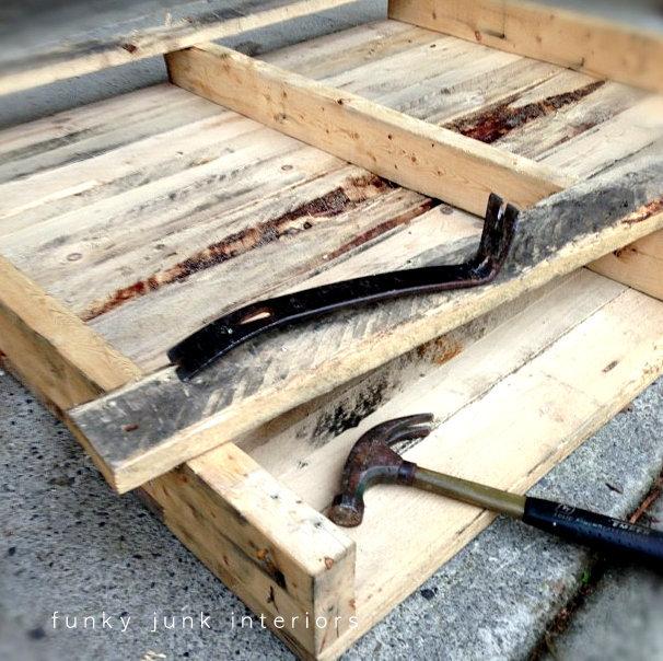 taking a pallet apart