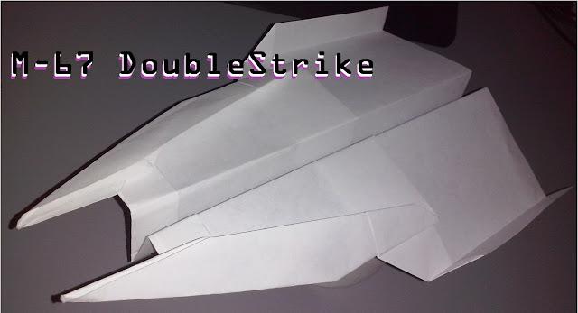 Avión de papel M-67