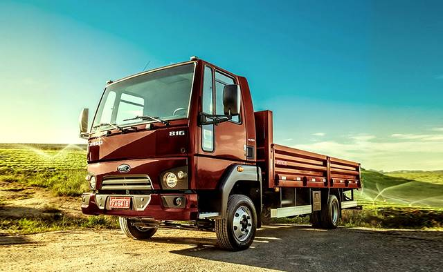 Ford retoma a liderança nos segmentos de caminhões leves e semileves