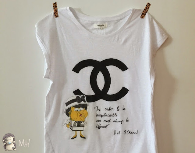 camiseta fashion victim chanel