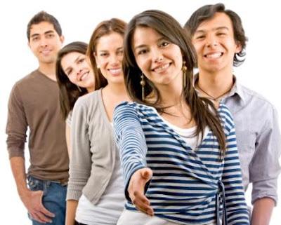 Siapa yang tidak menyukai bila dirinya dikelilini banyak sobat yang baik terhadap nya Cara Ampuh Mendapatkan Lebih Banyak Teman Baru