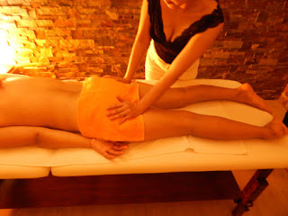 coco massage buttocks strecher in massage center Hâi, La Malagueta, Malaga