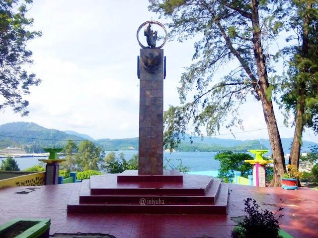 Tugu Sabang-Merauke
