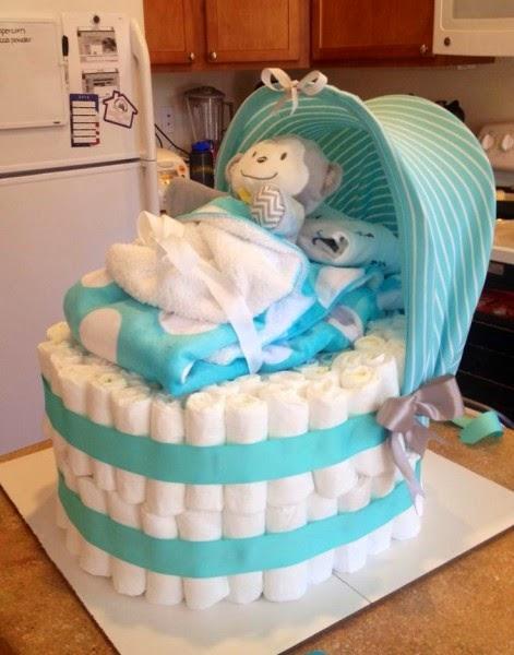 pañales-cómo-a-cake de-how-to-a-cake-de-pañales-torta-de-baby-paso-a-passo-chá-de-fraldas-ideias-decoração-de-chá-de-fraldas-Bolo-de-Fraldas-usrso-de-pelucia-chupetas-urso-azul-enxoval-menino-menina-ideias-criativas-para-chá-de-bebe-bb-Cute-for-a-Baby