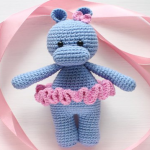 https://amigurumi.today/crochet-cuddle-me-hippo-amigurumi-pattern/