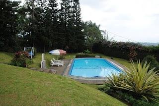 kolam, villa-retreat, villa-puncak, villa-untuk-makrab, villa-untuk-ospek, villa-untuk-ldks