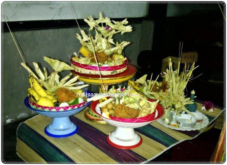 Banten Otonan Di Bali