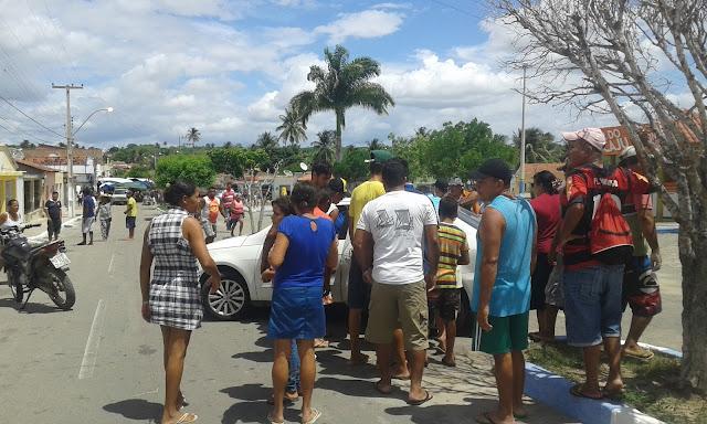 Jovem é assassinado a tiros em Olho D'Água do Casado