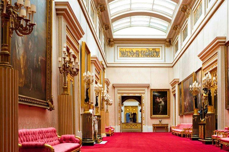 Buckingham Sarayı nerede sorusu binanın yerini bilmeyen pek çok kişi tarafından merak edilmektedir.