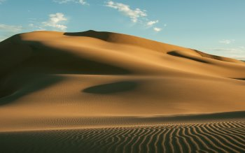 Wallpaper: Sand Dunes in The Gobi Desert