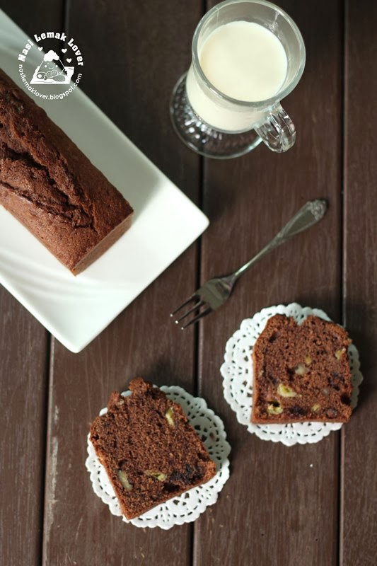Chocolate Rum Pound Cake Recipe