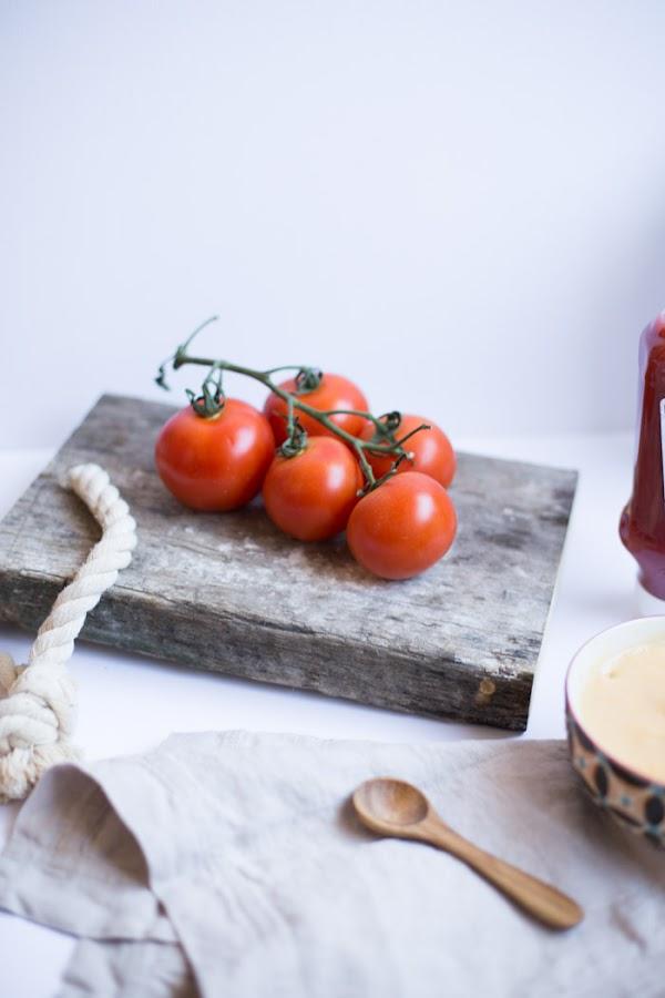 Puré de verduras para niños con un toque de kétchup