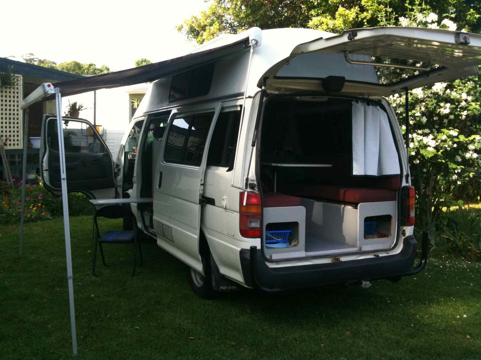 Vandelicious: life on the road: Vandelicious is For Sale ...