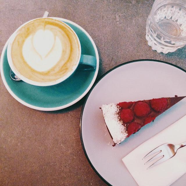 Concept Coffee Roasters robí skvelé domáce koláče a kávu.