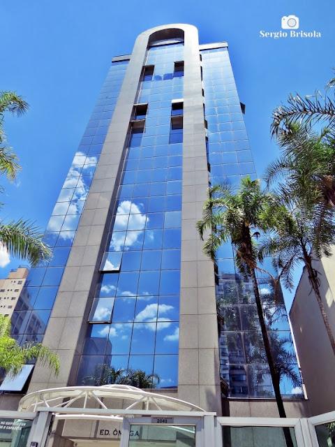 Vista ampla do Edifício Ômega - Saúde - São Paulo