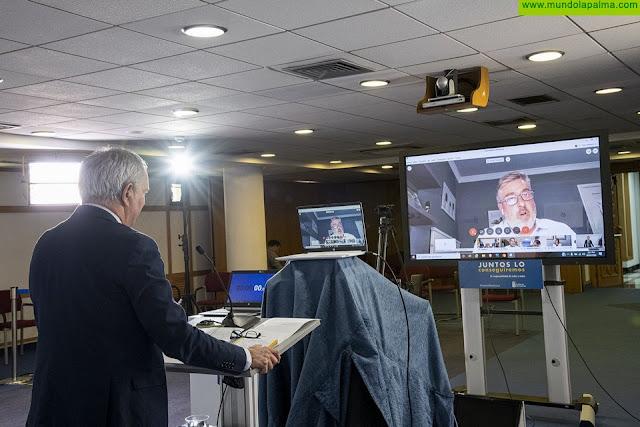 Sebastián Franquis anuncia que coordinará con el Estado y los cabildos las medidas necesarias en transporte para el retorno a la normalidad inteligente tras la crisis