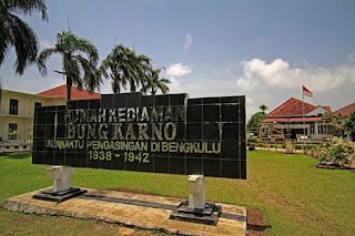 APRILIANSYAH | Rumah Pengasingan Bung Karno di Bengkulu