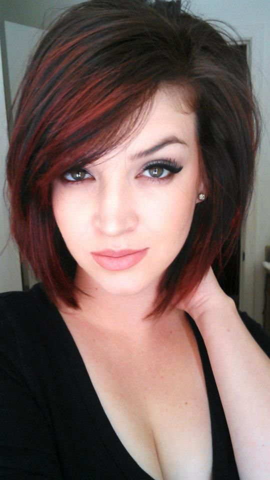 Short hairstyles with bangs! - The HairCut Web