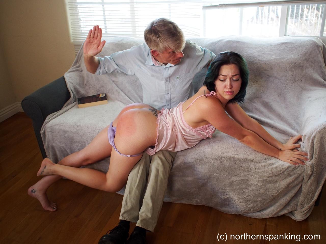 best spanking tube