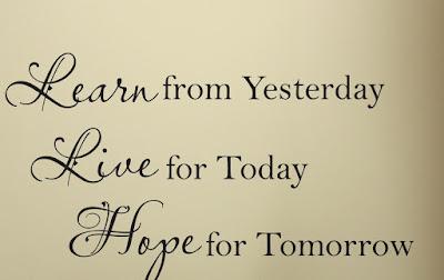 Câu chuyện về hôm qua, hôm nay và ngày mai