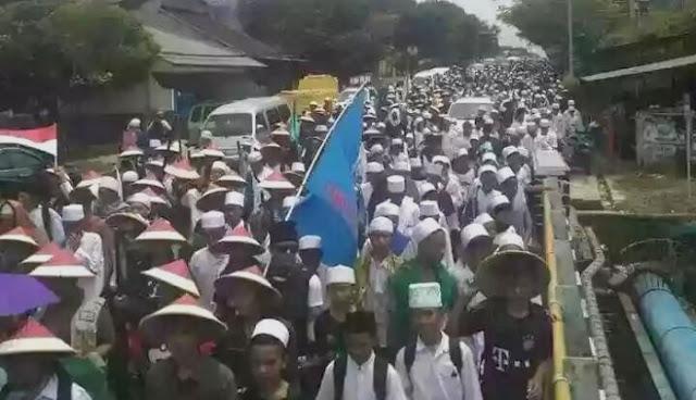 [Video] Peserta Aksi Jalan Kaki dari Ciamis Telah Tiba di Bandung