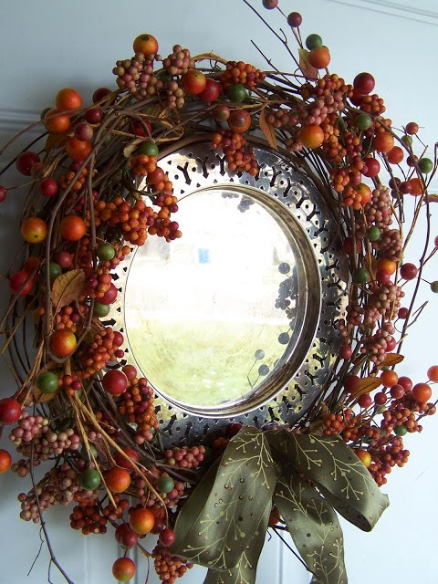 fall decorating ideas http://bec4-beyondthepicketfence.blogspot.com/2014/08/fall-inspiration.html