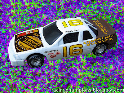 Diggity Dave #16 Chocolate Soldier Buick Racing Champions 1/64 NASCAR diecast blog custom