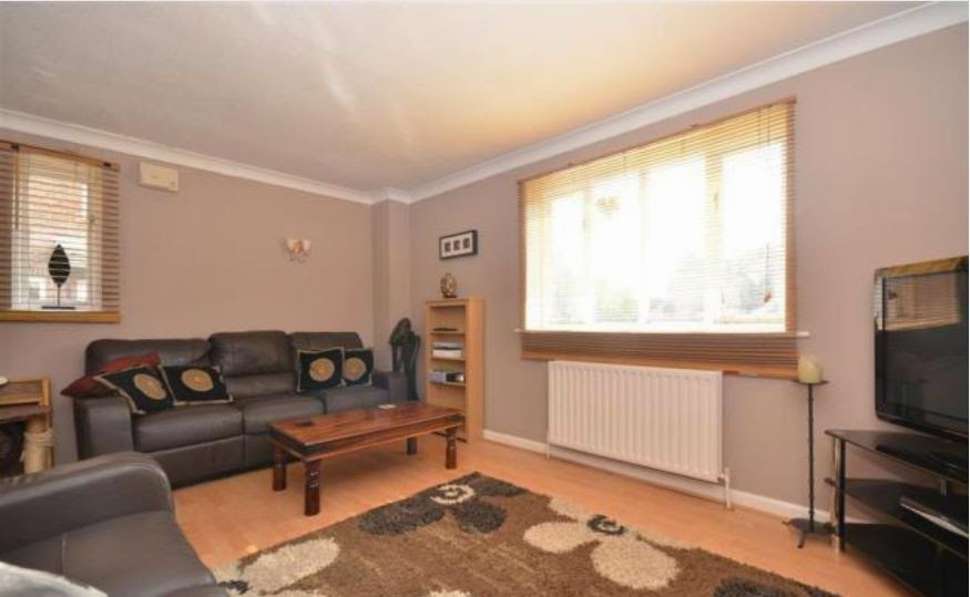 buy to let tangmere chichester lounge