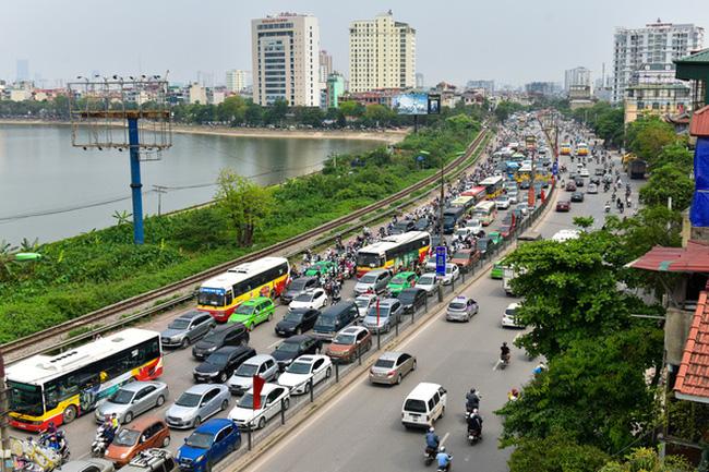 Hà Nội đề nghị làm cầu vượt giảm ùn tắc cho đường Giải Phóng
