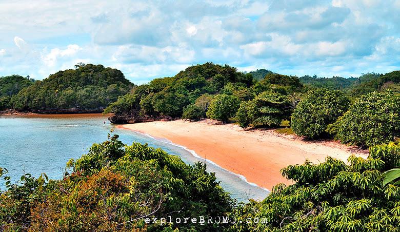 pantai Gatra Sendangbiru Malang Selatan