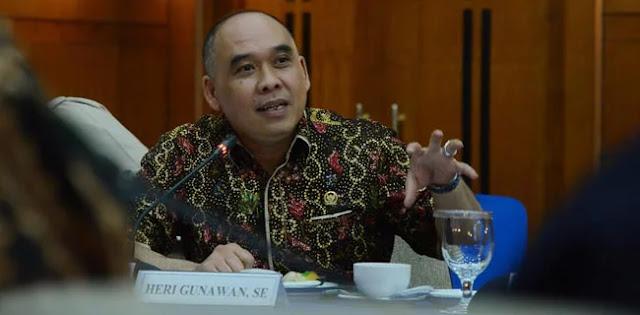 Heri Gunawan: Presiden Jokowi Anti Kritik dan Baperan