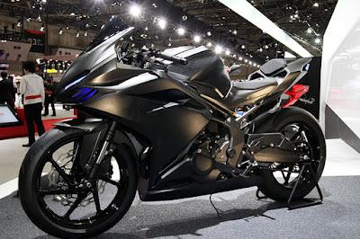 Pilih Kawasaki Ninja 250 fi, Yamaha R25  atau New CBR250RR