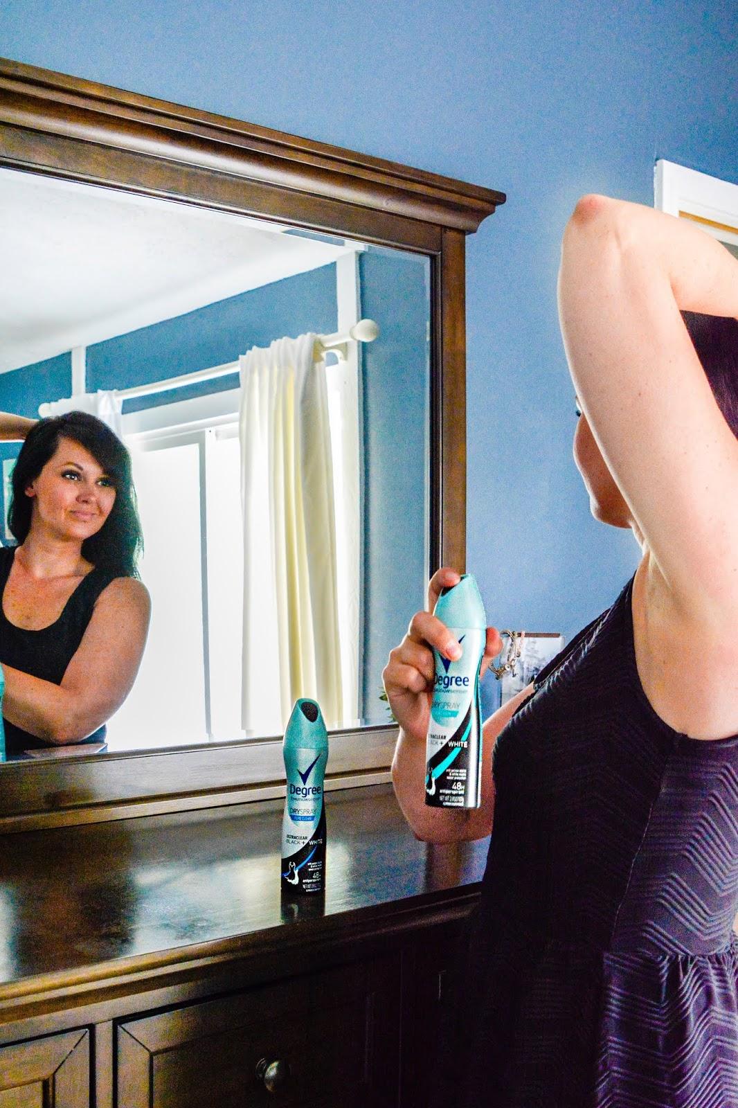 Degree UltraClear Black + White Antiperspirant Deodorant Dry Spray