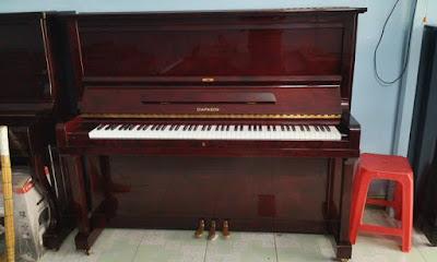 Chọn mua đàn piano cơ