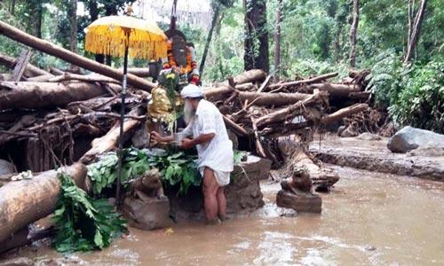 patung ajaib ganesha selamat dari banjir