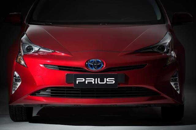 novo Toyota Prius 2017 - Vermelho Emoção