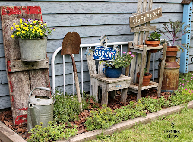 Foundation Plantings and Junk Decor