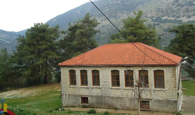 Θεσπρωτία: Το παλιό Δημοτικό Σχολείο Kοκκινιάς, που ήταν έρημα κουβάρια, αξιοποιείται από τους κατοίκους του χωριού!