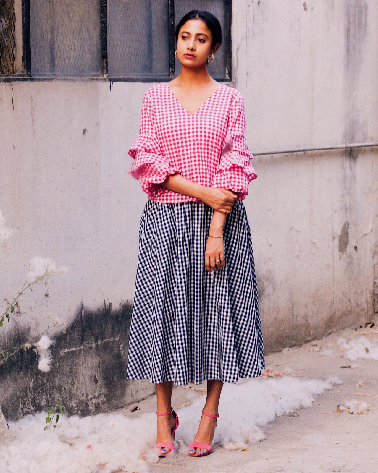 gingham, gingham trend, style gingham, trends 2017, gingham midi skirt, gingham top style, all gingham outfit, how and when to buy trends, when to buy trends, tips an tricks to buy trends, indian blog, indian blogger, top indian blog, indian luxury blog, uk blog, british blog, london blog, delhi blogger, street style, spring summer 2017, spring summer lookbook, wear trends, how to, how to style, effortless chic, parisian style, how to dress, style tips, street style delhi,