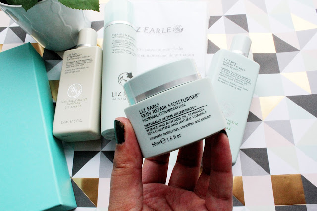 Liz Earle Skin Repair Moisturiser in Normal/Combination Review