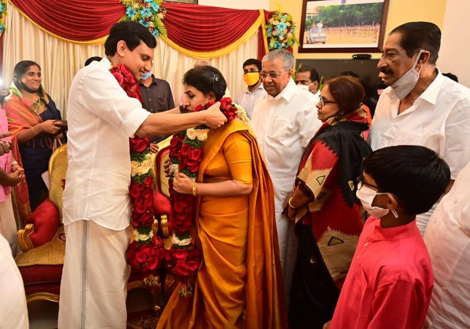 T Veena married Muhammad Riyas, pinarayi vijayans daughter photos