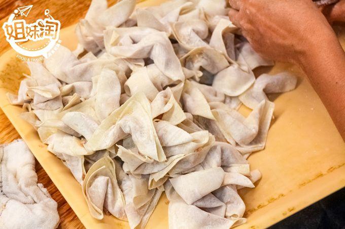 高雄 美食 餛飩湯推薦 必吃 三民區 菜市仔嬤左營汾陽餛飩熱河店