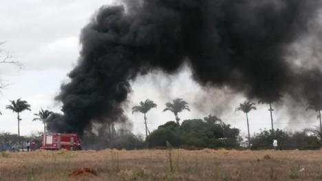 Queimada atinge proximidades da Santa Casa de São João (SP)