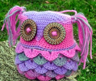 http://translate.google.es/translate?hl=es&sl=en&tl=es&u=http%3A%2F%2Fwww.thecountrywillow.com%2Fthe-willow-whispers%2Ffree-pattern-kaleidoscope-kallie-owl-pillow